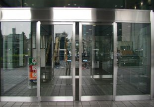 Такая незаметная роскошь – автоматические двери