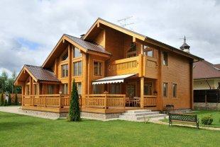 Кирпичные и деревянные дома, что же лучше?