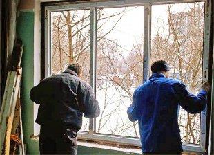 Остекление дома в зимний период времени
