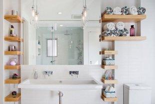 Роль полочек в ванной комнате