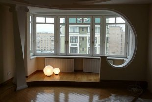 Как выполняется объединение лоджии с квартирой